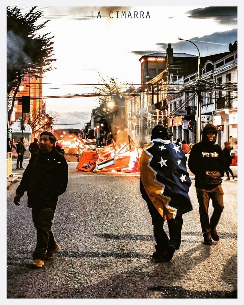 CHILE DESPERTÓ FOTOGRAFÍA DEL MOVIMIENTO DE CHILE EN SUS INICIOS, FOTO DE @SEBASTIANFRANCISCO