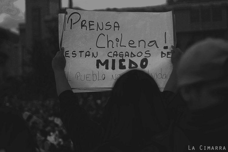 Poesía revindicativa por GOnzalo RObles y fotografías por Anacronicapa