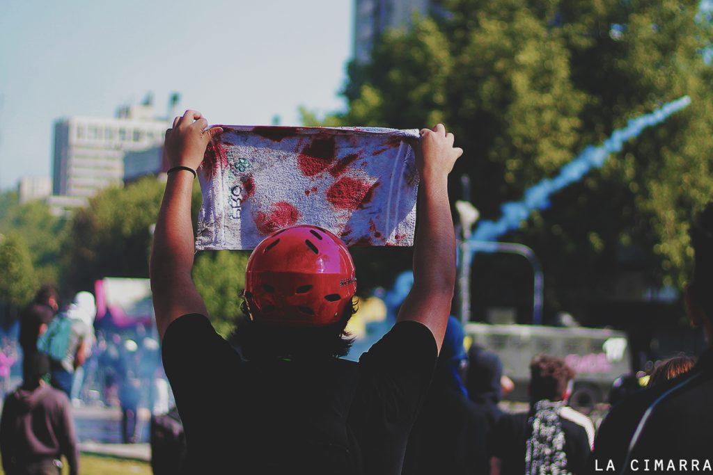 Marcha en plaza de la Dignidad, santiago de Chile