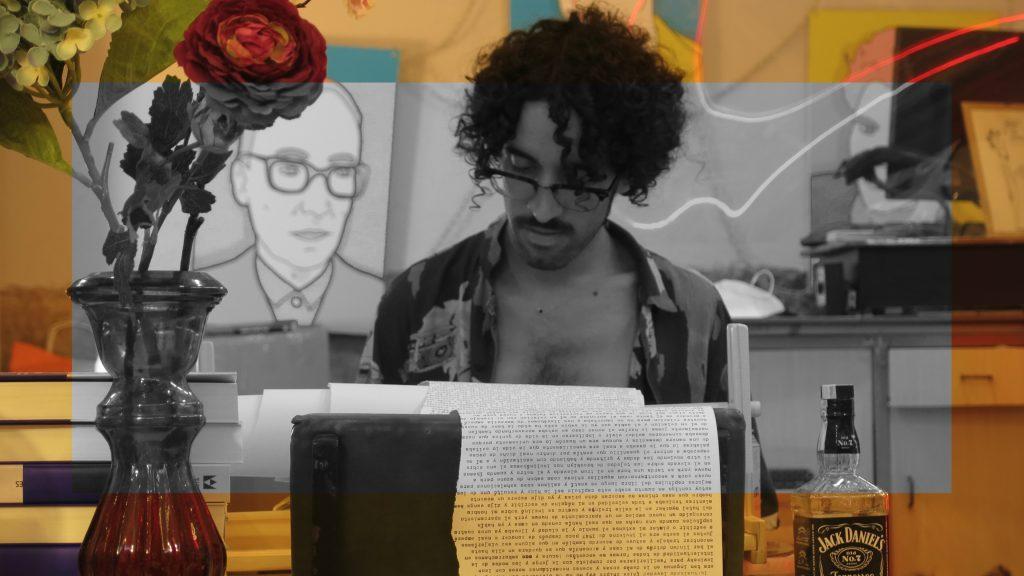 Ángel Tijerín trabajando en la transcripción de On the Road
