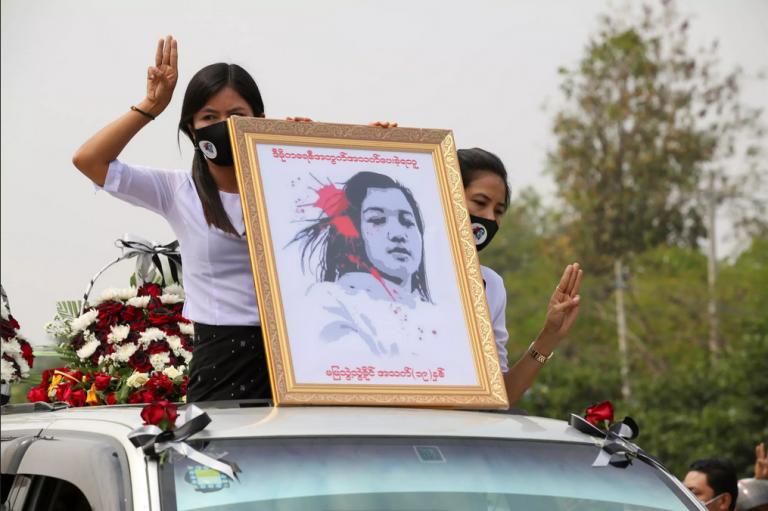 3 personas asesinadas por militares en Myanmar